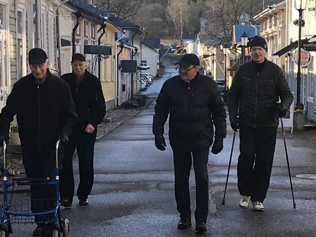 Aamun virkut Teuvo Lehtonewn, Heikki Luukko, Heikki Hartikaine ja Raimo Toivonen 20200413